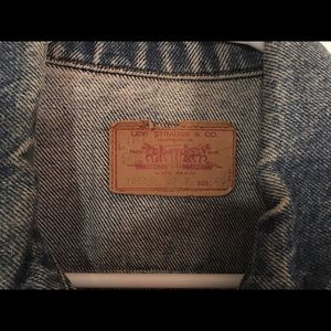 Levi's Jackets & Coats - Levi's authentic jean jacket